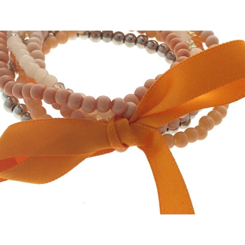 bracelet multi rangs perles avec n ud satin et pompon. Black Bedroom Furniture Sets. Home Design Ideas