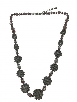 Long Necklace - Faceted beads spheres.