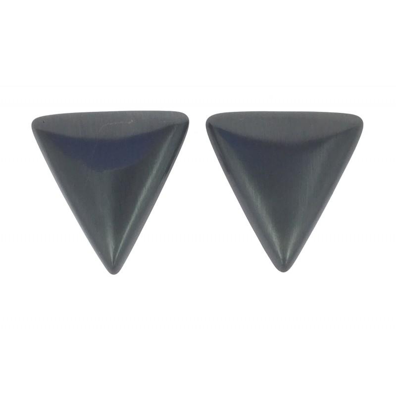 boucles d 39 oreilles triangle m tallique. Black Bedroom Furniture Sets. Home Design Ideas