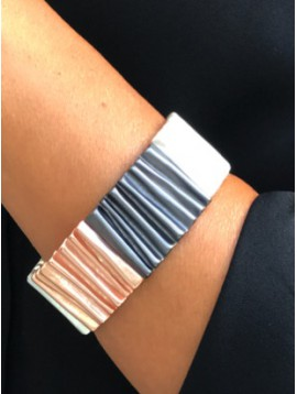 Bracelet - Metallic waves cuff.
