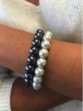 Bracelet - Full round plain color beads.