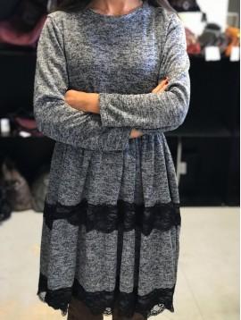 Robe style tricot avec bandes dentelles