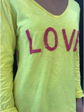 "Tshirt - Plain color sleeves with ""Love"" word decoration."