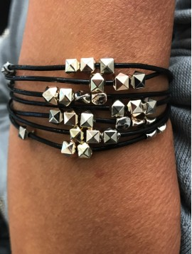 Bracelet aimant - Multirangs avec perles pyramides