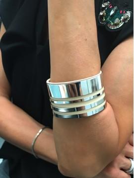 Bracelet - Manchette large métal et style cuir