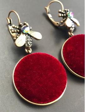Boucles d'oreilles - Pastilles en velours avec abeille.
