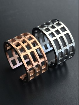 Steel Ring - Bangle chequered.