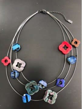 Necklace - Resin flowers charms set on metallic laces.