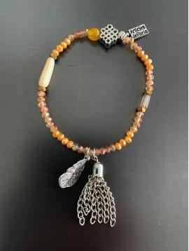 Bracelet éla - Perles facettes/pompon métal/rosace/feuille métal