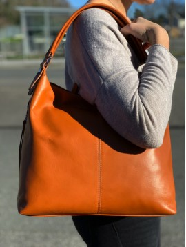 Leather shoulder bag - Plain color smooth look with side zippers decoration.