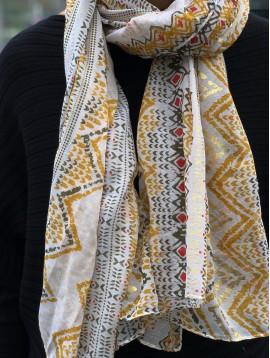 Écharpe - Impression divers zigzags avec motifs brillants.