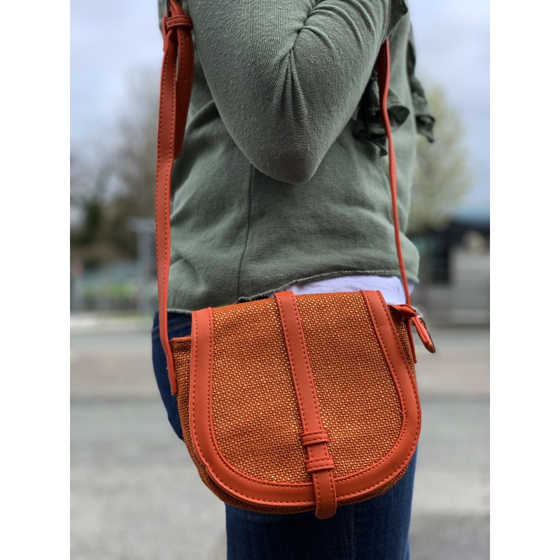Cross body bag - Shiny jute fabric style with flap