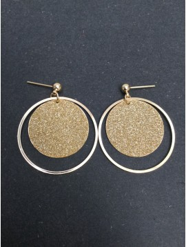 Boucles d'oreilles - Anneau avec disque tout paillettes.