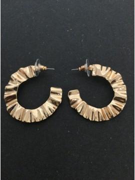 Boucles d'oreilles - Demi créoles ondulés.