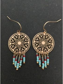 Boucles d'oreilles - Rosace filigrane avec perles colorées pendantes.