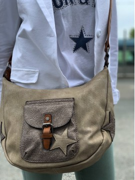 Cross body bag - Plain color with shiny pocket and star decoration.