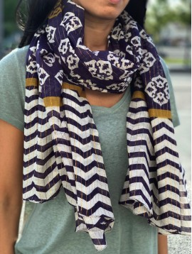 Scarf - Striped pattern with mosaic style theme.