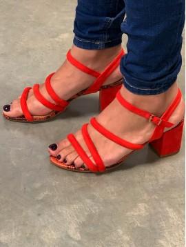 Sandales à talons façon peau pêche et serpent