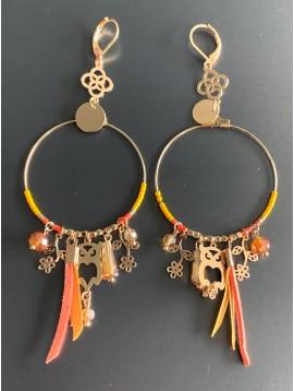 BO créoles - Anneau avec perles couleurs et plume métal