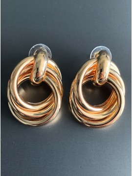 Earrings - Interlaced plain rings charms.