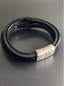 Bracelet - Multirangs cuir avec plaque motif méhandre