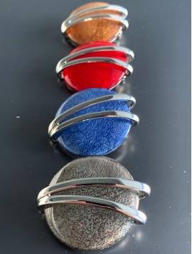 Broche - Rond en résine avec 2 barres métal
