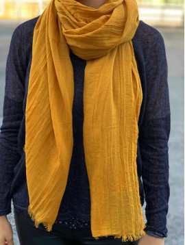 Scarf - Simple plain color.