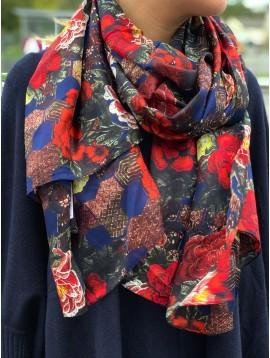Echarpe soie impr fleurs et formes géométriques