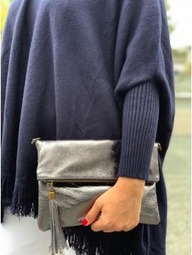 Sac cuir porté travers/pochette brillante avec rabat zippée avec pompo