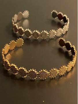 Bracelet Acier - Jonc ouvert ovales martelés boord boules