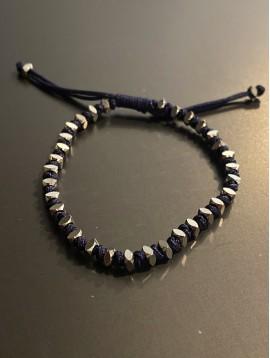 Bracelet Acier - Perles carrés avec noeud sur cordon et lien serrage