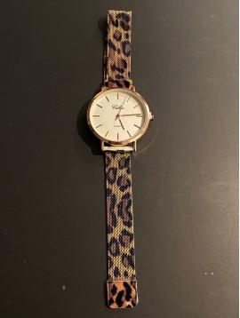 Montre - Bracelet maille métal cadran rond sans chiffres