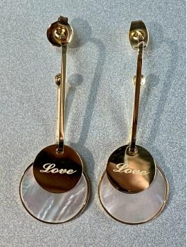 """BO percées Acier - Pastilles nacre/métal """"love"""" sur gros maillon"""