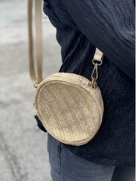Sac porté travers rond style paille brillante