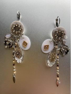 BO dormeuses - Goutte translucide/medaille/rosace avec strass