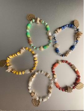 Bracelet éla - Perles gommes/métal/pierres/perles et pastille martelée