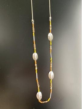 Collier Long - Feuilles métal/pastilles métal et perles à facettes