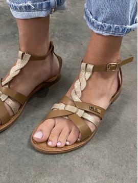 Sandales multi liens et une bande brillante