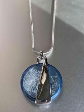 Collier - Gros pendentif géométrique sur chaine en acier