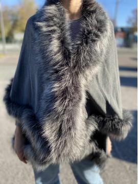 Veste manteau  avec fausse fourrure ,laine et alpaga
