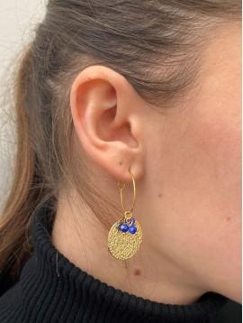 BO créoles - Pastilles rondes martelées et perles sur anneaux fins