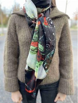 Echarpe soie impr plusieurs femmes