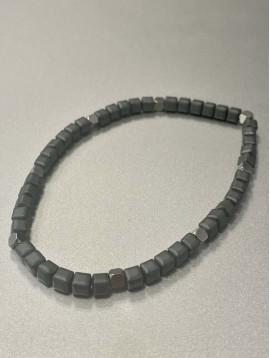 Bracelet Acier - Rang perles mates carées et pastilles acier