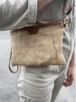 Pochette en jute garnie cuir avec anse ajustable