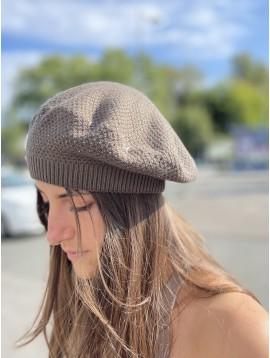 Beret en tricot uni laine avec détails strass