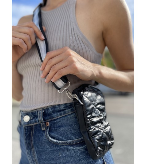 Pochette de téléphone portée travers en matelassé