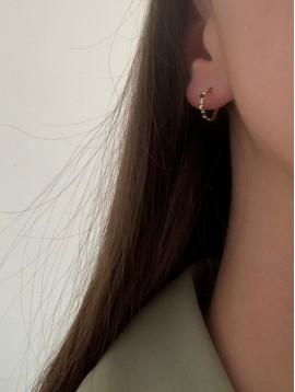 BO percées - Petits anneaux ouverts perlés et points colorés
