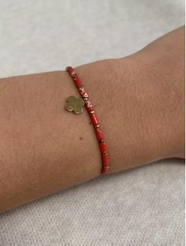 Bracelet Acier - Pendentif trèfle et perles plates sur cordon